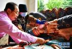 林辉:让林氏铜铸胎掐丝珐琅工艺传承创新