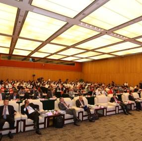 紀念中國改革開放40周年中外智庫論壇在深圳舉行
